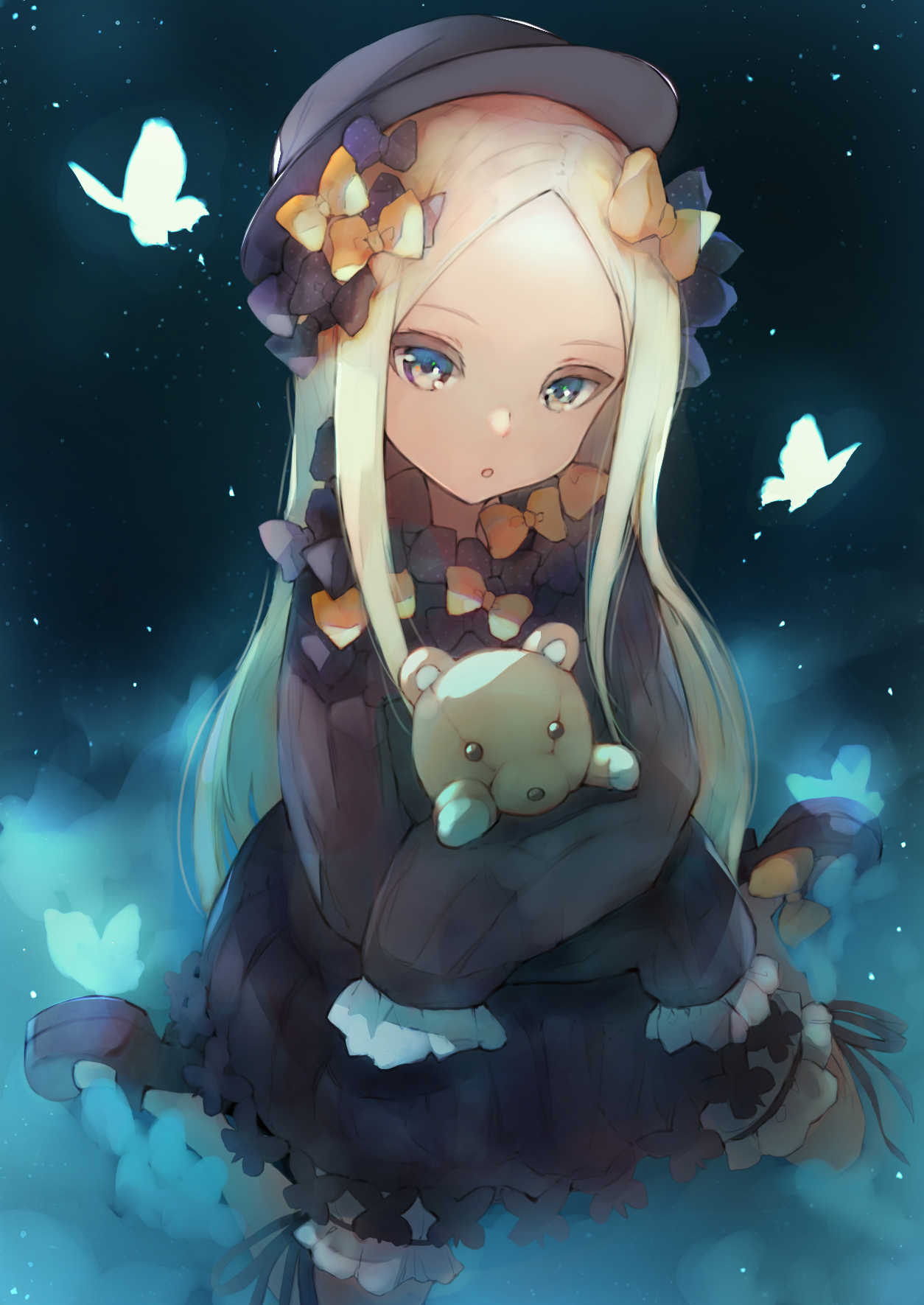 1girl :o abigail_williams_(fate/grand_order) bana_(stand_flower) bangs black_bow black_headwear blonde_hair blue_butterfly blue_eyes bow bug butterfly commentary_request fate/grand_order fate_(series) hair_bow highres insect long_hair looking_at_viewer object_hug orange_bow parted_bangs sleeves_past_fingers sleeves_past_wrists solo stuffed_animal stuffed_toy teddy_bear white_butterfly