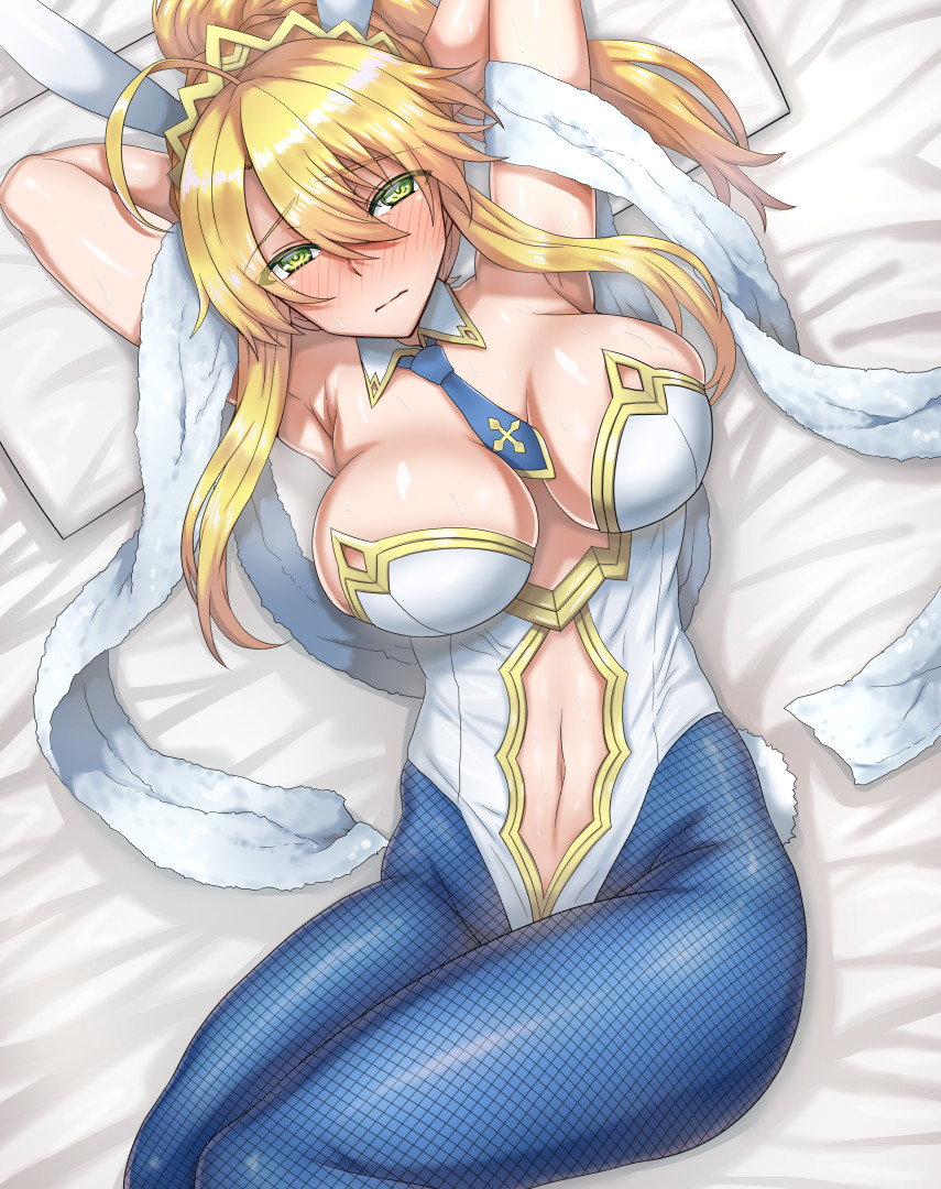 1girl ahoge animal_ears arinotowatari armpits arms_behind_head arms_up artoria_pendragon_(all) artoria_pendragon_(lancer) bangs bare_shoulders blonde_hair blue_legwear blue_neckwear blush breasts bunnysuit closed_mouth detached_collar fate/grand_order fate_(series) fishnet_pantyhose fishnets green_eyes hair_between_eyes large_breasts leotard long_hair looking_at_viewer lying navel navel_cutout necktie on_back pantyhose ponytail rabbit_ears sidelocks solo swept_bangs thighs tiara white_leotard