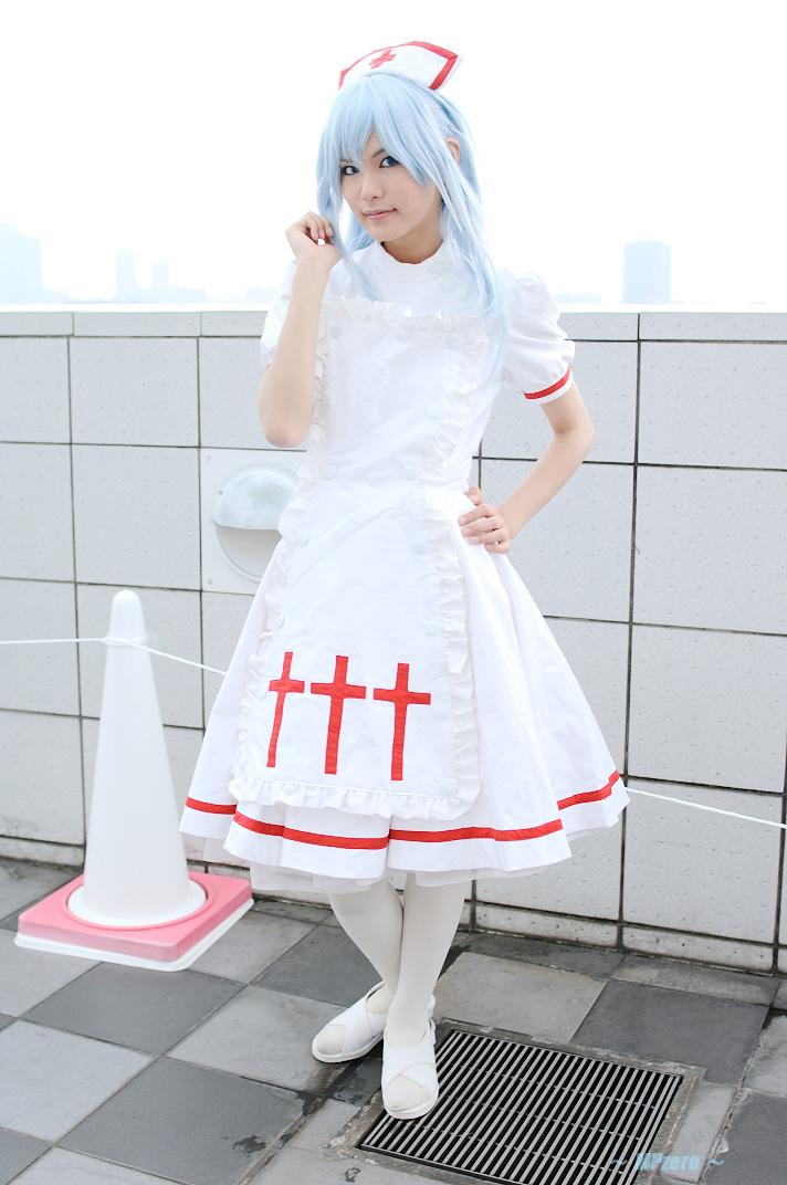blue_hair cosplay kouno_tooru kouzuki_suzuka nurse nurse_uniform photo princess_princess