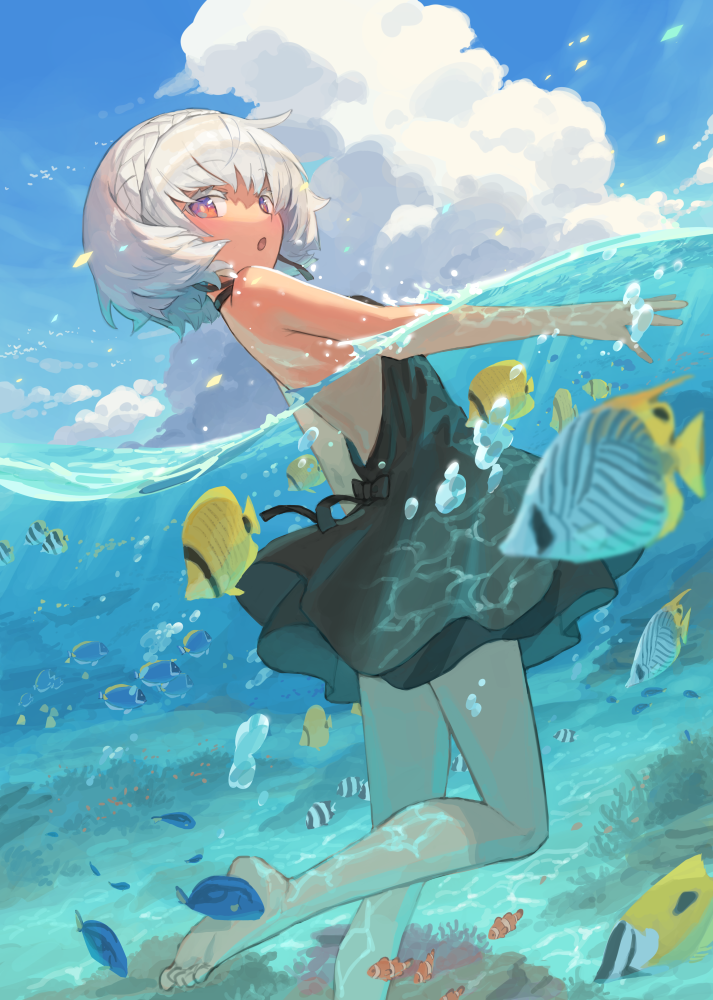 1girl air_bubble bangs bare_arms barefoot bob_cut bow bubble chorefuji clouds clownfish commentary_request day fish fish_request from_side grey_eyelashes grey_hair holom_(chorefuji) leg_up looking_at_viewer orange_eyes original parted_lips partially_submerged partially_underwater_shot regal_blue_tang short_hair sky soles solo swimming toes water_surface