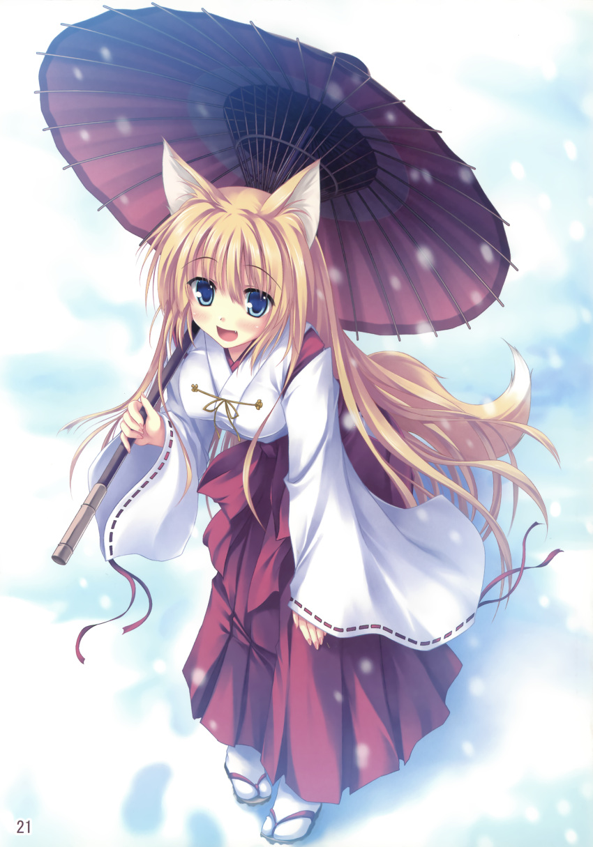 1girl :d absurdres animal_ears blonde_hair blue_eyes detached_sleeves fang fox_ears fox_tail hand_on_thigh highres japanese_clothes leaning_forward long_hair miko open_mouth oriental_umbrella original parasol smile snow solo tabi tail tateha_(artist) umbrella very_long_hair