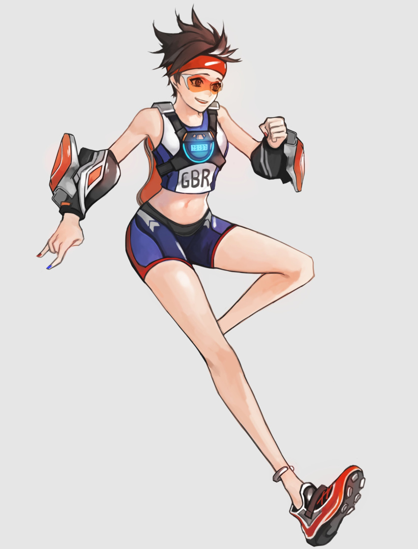 1girl \m/ absurdres anklet bare_shoulders bike_shorts blue_nails brown_eyes brown_hair clenched_hand crop_top goggles grey_background hand_up harness headband highres jewelry leg_up nail_polish navel neosnim open_mouth orange_nails overwatch shoes short_hair shorts simple_background sleeveless smile solo spiky_hair sportswear sprinter_tracer standing standing_on_one_leg stomach tracer_(overwatch) track_uniform vambraces