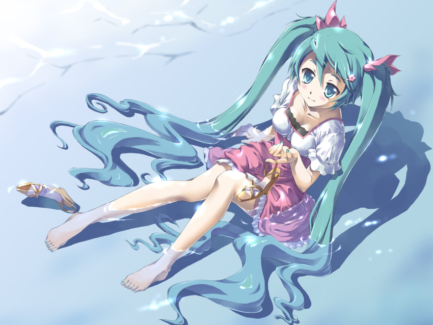 aqua_hair barefoot beach blue_eyes dress feet_in_water flower hatsune_miku high_heels holding holding_shoes long_hair melt_(vocaloid) nail_polish ocean pitomo shoes sitting skirt smile soaking_feet toenail_polish tonarinokoneko_(website) twintails umbrella very_long_hair vocaloid water
