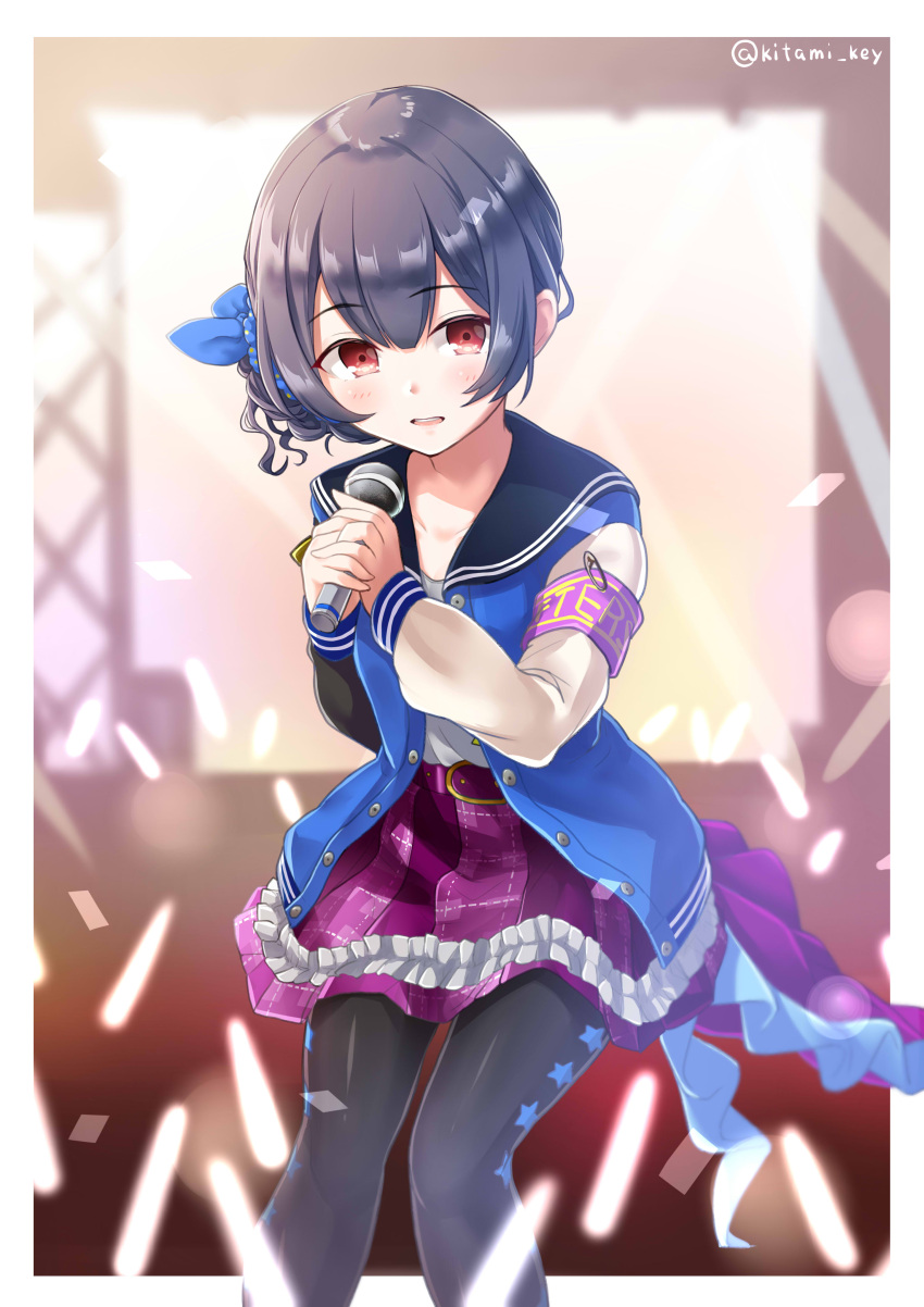 1girl absurdres armband belt_buckle black_pants blue_bow blue_hair blue_jacket blue_scrunchie blush bow buckle commentary concert eyebrows_visible_through_hair frills hair_ornament hair_scrunchie highres holding holding_microphone idol_clothes idolmaster idolmaster_shiny_colors jacket kii_(fys-a) light_stick looking_at_another microphone miniskirt morino_rinze open_mouth pants pants_under_skirt pink_skirt red_eyes scrunchie short_hair skirt solo stage stage_lights star