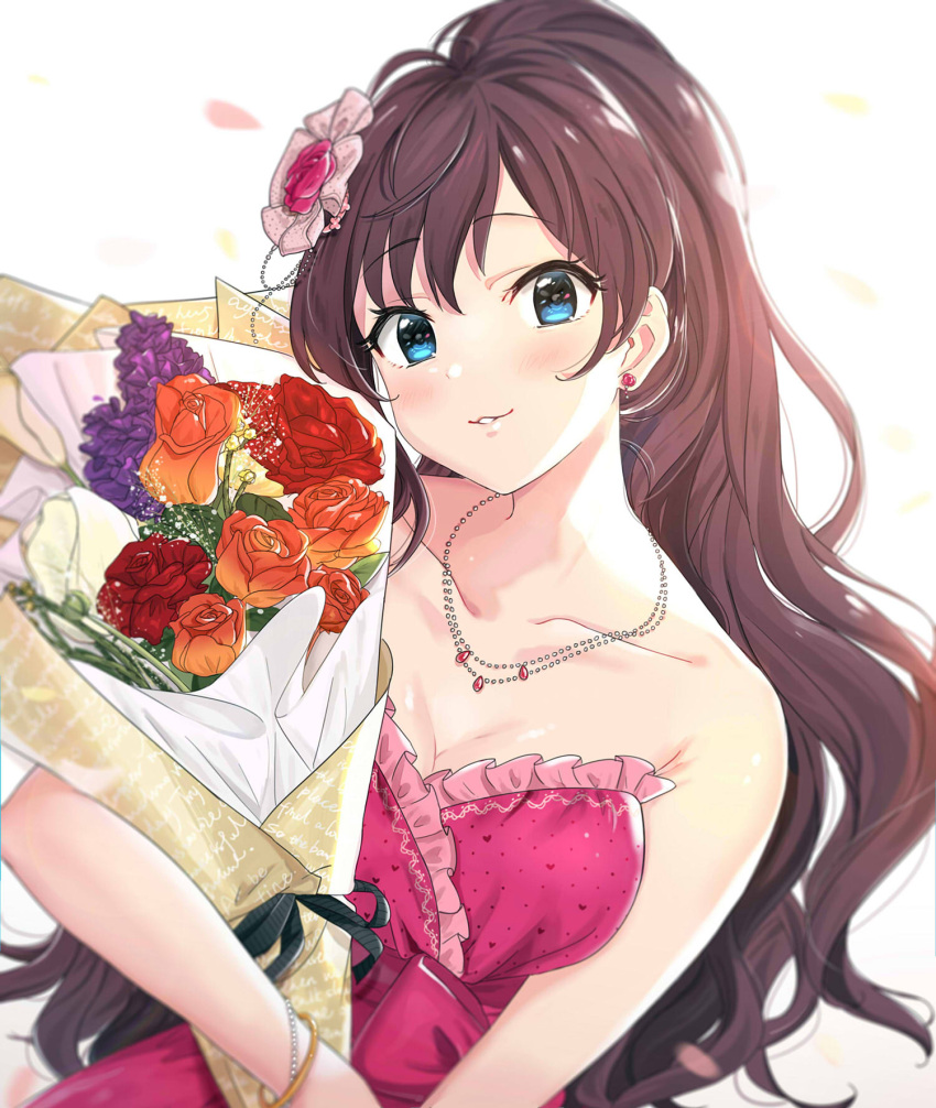 1girl bangs bare_arms blue_eyes blurry bouquet bracelet breasts brown_hair cleavage depth_of_field dress earrings eyebrows_visible_through_hair flower frilled_dress frills hair_flower hair_ornament heart heart_print highres holding holding_bouquet ichinose_shiki idolmaster idolmaster_cinderella_girls jewelry leaning_to_the_side long_hair looking_at_viewer medium_breasts necklace orange_flower orange_rose parted_lips polka_dot polka_dot_dress red_dress red_flower red_rose rose simple_background solo strapless strapless_dress tomato_omurice_melon upper_body very_long_hair white_background