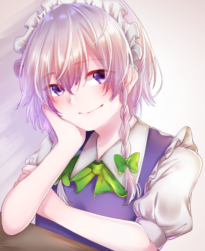1girl attyuntyun915 blush bow bowtie braid chin_rest commentary_request eyebrows_visible_through_hair green_bow green_neckwear grey_background hair_between_eyes hair_bow hand_on_own_cheek hand_up head_tilt highres izayoi_sakuya light_rays looking_at_viewer maid maid_headdress puffy_short_sleeves puffy_sleeves short_hair short_sleeves silver_hair smile solo table touhou twin_braids upper_body violet_eyes wing_collar