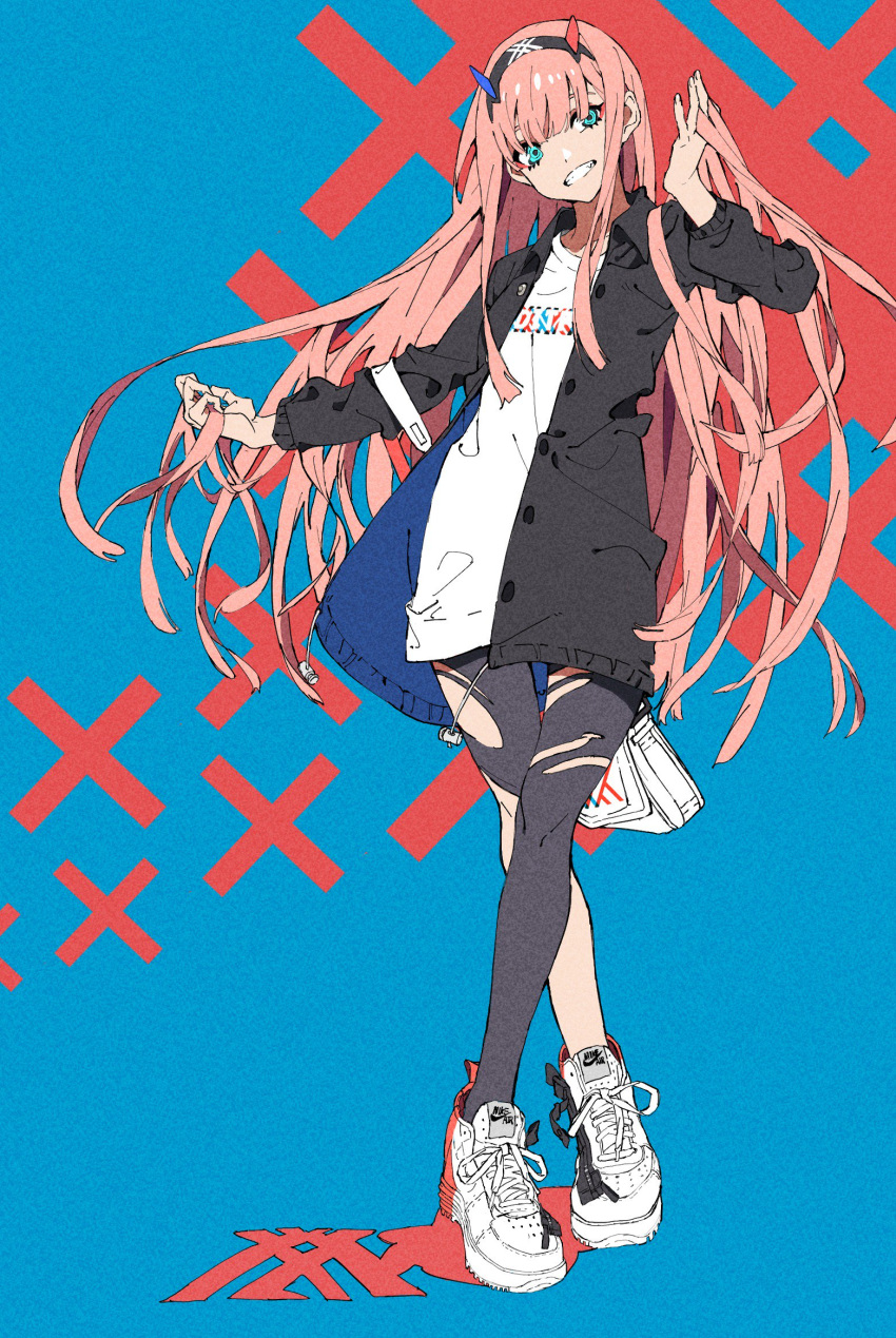 1girl adjusting_hair alternate_costume aqua_eyes bag bangs black_coat black_hairband black_legwear blue_background blue_horns blunt_bangs buttons coat fashion full_body grin hairband highres long_hair long_sleeves looking_at_viewer open_clothes open_coat pantyhose pink_hair red_horns shirt shoes smile sneakers standing torn_clothes torn_pantyhose white_footwear white_shirt you_(nanban319)