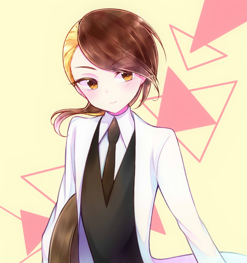 asymmetrical_hair blonde_hair brown_hair crystal_hair eyebrows_visible_through_hair eyes_visible_through_hair gem_uniform_(houseki_no_kuni) highres houseki_no_kuni labcoat looking_at_viewer multicolored_hair necktie nekotamago rutile_(houseki_no_kuni) short_hair smile solo two-tone_hair upper_body yellow_eyes