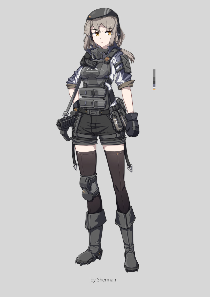 1girl absurdres armor beret blonde_hair boots chinese_commentary commentary_request explosive gas_mask gloves grenade gun hand_on_hip handgun hat headphones highres holstered_weapon load_bearing_equipment original pistol sherman_(egnk2525) short_shorts shorts simple_background single_knee_pad smoke_grenade standing submachine_gun tachi-e thigh-highs weapon yellow_eyes