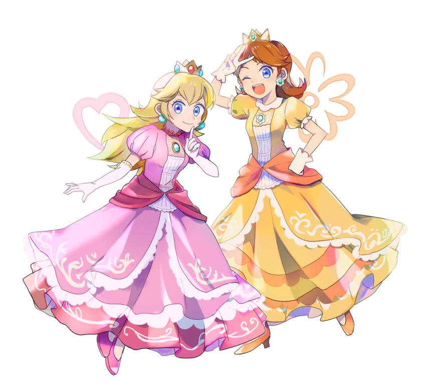 2girls blonde_hair blue_eyes brooch brown_hair crown dress earrings flower_earrings gloves hand_on_hip heart index_finger_raised jewelry long_hair looking_at_viewer mario_(series) multiple_girls nintendo nintendo_ead one_eye_closed open_mouth pink_dress princess princess_daisy princess_peach short_sleeves simple_background smile standing super_mario_bros. super_mario_land super_smash_bros. super_smash_bros._ultimate v white_background white_gloves yellow_dress yellow_footwear yo_(toriyyyyy)