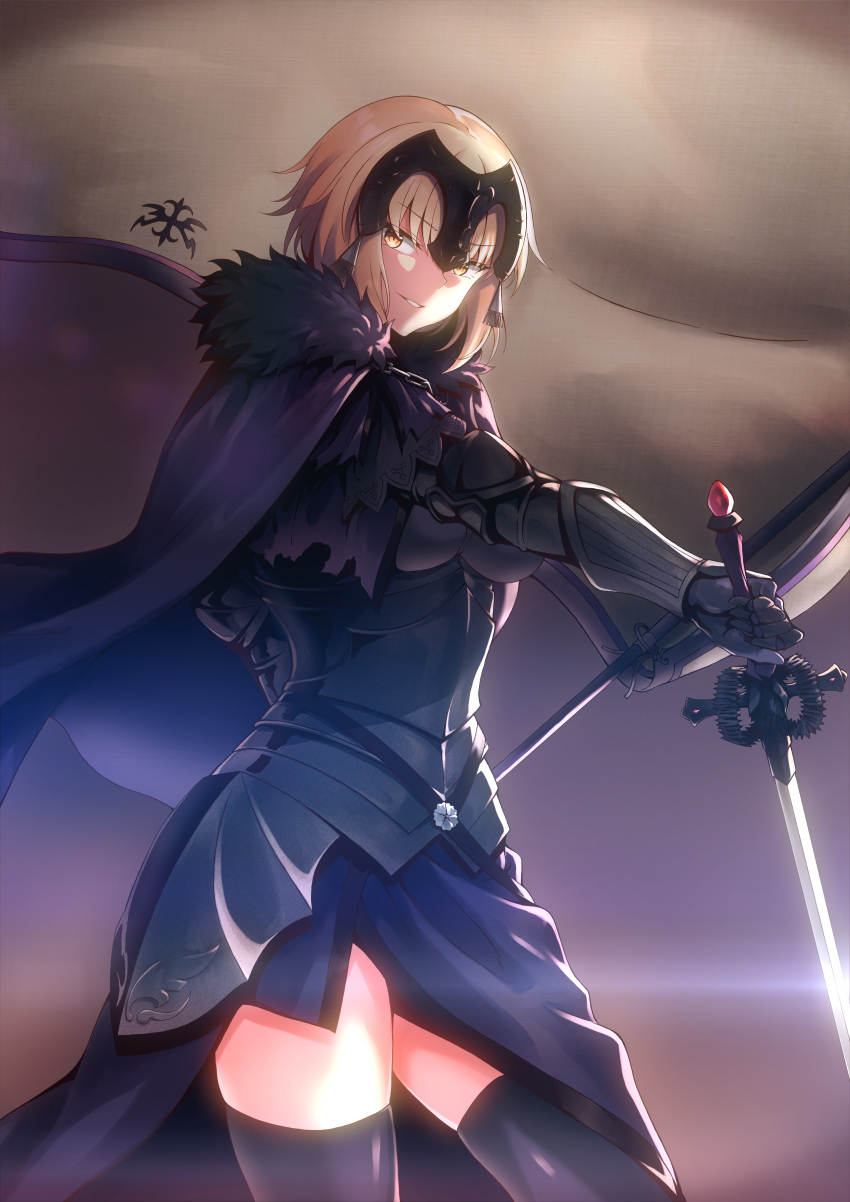 1girl absurdres armor armored_dress bangs banner breasts cape chain commentary_request fate/grand_order fate_(series) flag fur-trimmed_cape fur_collar fur_trim gauntlets gradient gradient_background grin headpiece highres holding holding_flag holding_sword holding_weapon huge_filesize jeanne_d'arc_(alter)_(fate) jeanne_d'arc_(fate)_(all) large_breasts mo3hig3 purple_background short_hair silver_hair smile solo sword thigh-highs tsurime weapon yellow_eyes
