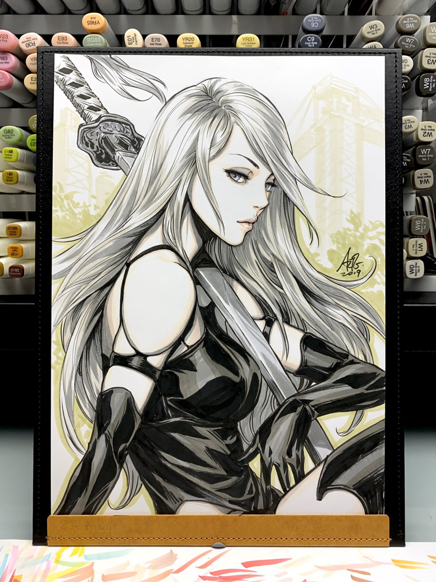 1girl android armlet black_gloves black_shorts english_commentary gloves grey_eyes highres long_hair looking_at_viewer marker_(medium) nier_(series) nier_automata over_shoulder patterned_clothing pink_lips robot_joints shorts silver_hair sitting stanley_lau sword sword_over_shoulder tank_top traditional_media weapon weapon_over_shoulder yorha_type_a_no._2