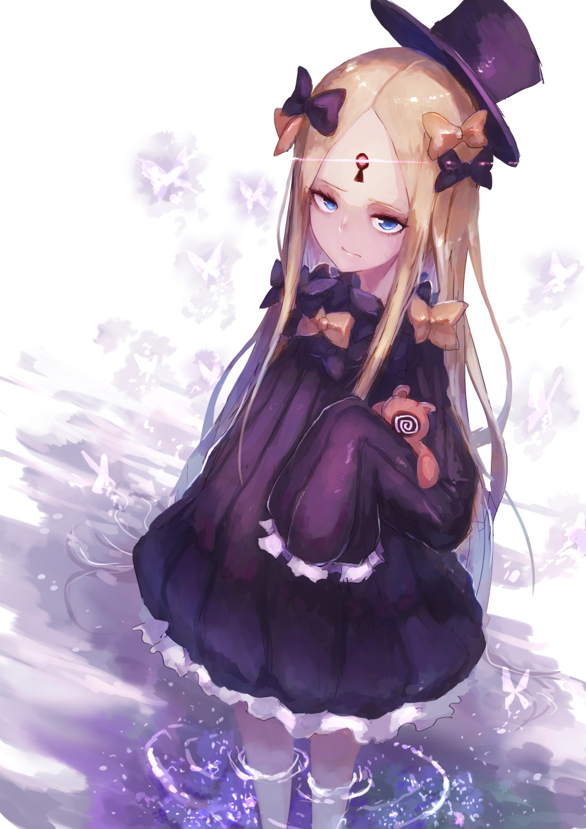 1girl abigail_williams_(fate/grand_order) absurdres bangs black_bow black_dress black_headwear blonde_hair blue_eyes bow bug butterfly closed_mouth commentary_request dress fate/grand_order fate_(series) glowing hair_bow hat highres insect keyhole long_hair long_sleeves looking_at_viewer object_hug orange_bow parted_bangs ripples shiburingaru sleeves_past_fingers sleeves_past_wrists solo standing stuffed_animal stuffed_toy teddy_bear tilted_headwear very_long_hair wading water white_background