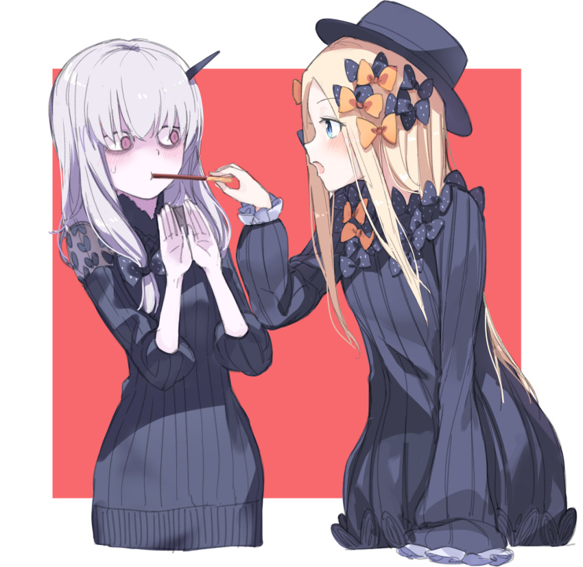 2girls abigail_williams_(fate/grand_order) bags_under_eyes bangs black_bow black_dress black_headwear blonde_hair blue_eyes blush bow bug butterfly commentary cropped_torso dress eye_contact eyebrows_visible_through_hair fate/grand_order fate_(series) feeding food hair_between_eyes hair_bow hands_up hat highres holding holding_food horns insect lavinia_whateley_(fate/grand_order) long_hair long_sleeves looking_at_another multiple_girls open_mouth orange_bow parted_bangs pocky pocky_day polka_dot polka_dot_bow profile red_background silver_hair sleeves_past_fingers sleeves_past_wrists two-tone_background upper_body usuaji very_long_hair violet_eyes white_background wide-eyed