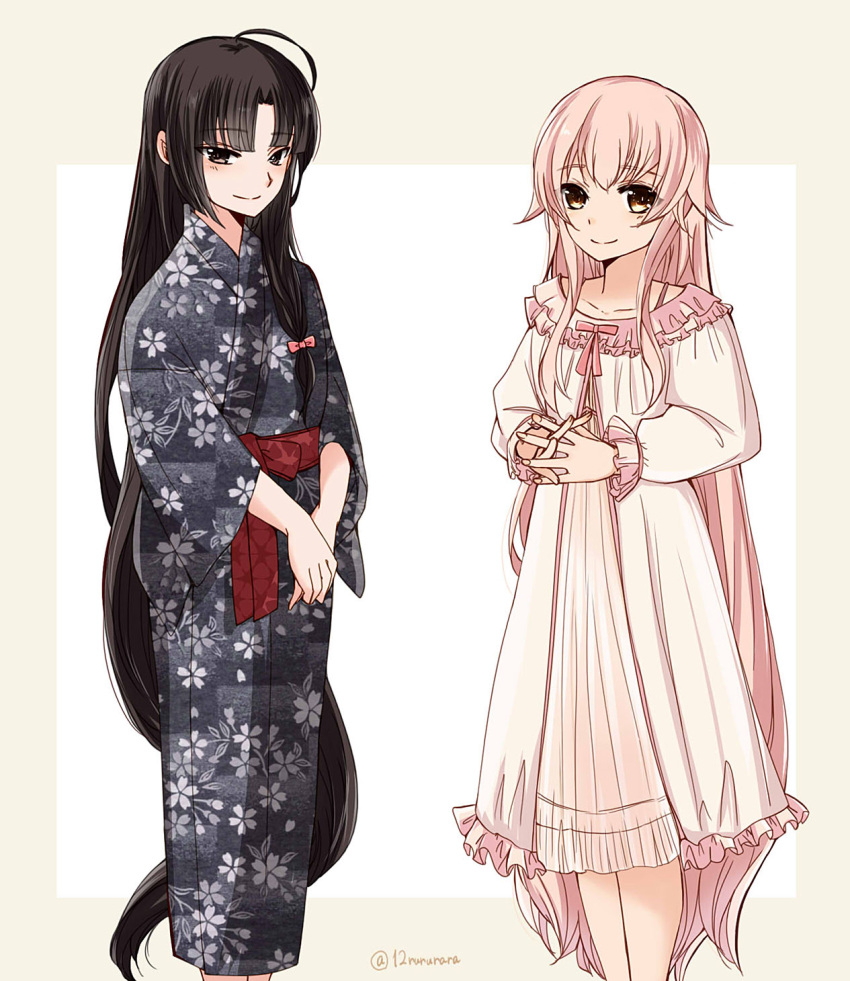 2girls ahoge alternate_costume alternate_hairstyle bangs black_hair blush dress eyebrows_visible_through_hair floral_print hair_down highres japanese_clothes kantai_collection long_hair long_sleeves multiple_girls pajamas pink_hair ribbon shouhou_(kantai_collection) sidelocks simple_background smile tonome_(rururara) twitter_username very_long_hair wide_sleeves yura_(kantai_collection)