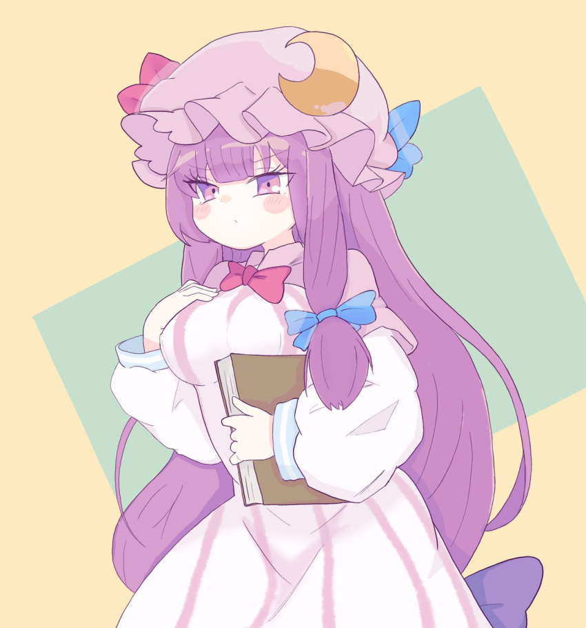 1girl blue_bow blue_ribbon bow bowtie breasts capelet commentary_request cowboy_shot crescent crescent_moon_pin eyebrows_visible_through_hair hair_bow hat hat_ribbon highres long_hair long_sleeves looking_at_viewer medium_breasts mob_cap narrowed_eyes patchouli_knowledge puffy_sleeves purple_hair red_bow red_neckwear red_ribbon ribbon robe simple_background solo tatutaniyuuto touhou very_long_hair violet_eyes