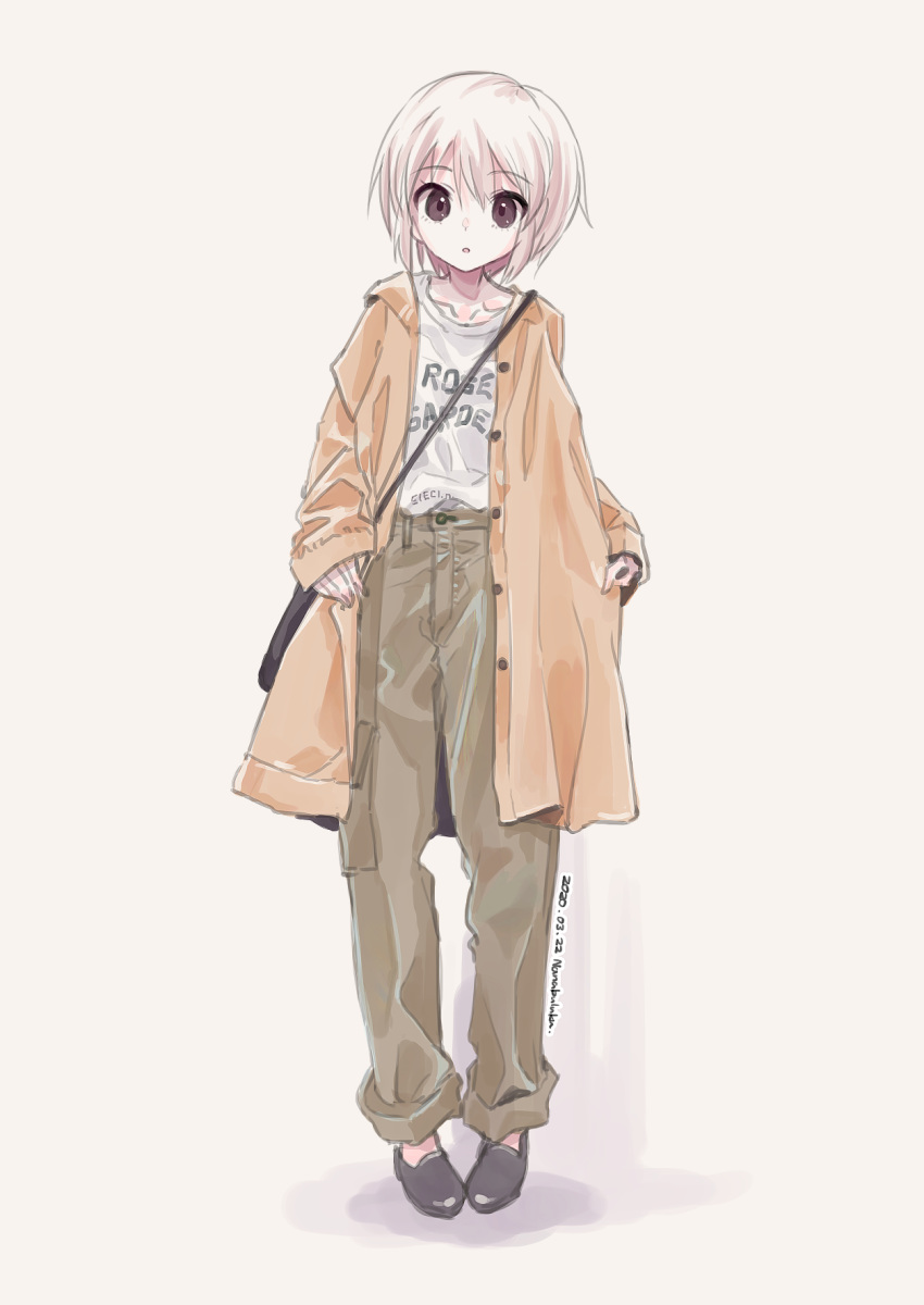 1girl alternate_costume alternate_hair_color bag brown_coat brown_eyes clothes_writing coat commentary_request dated eyebrows_visible_through_hair full_body grey_background grey_footwear grey_pants highres looking_at_viewer nagato_yuki nanabuluku open_clothes open_coat pants parted_lips pigeon-toed shirt shoes short_hair shoulder_bag signature simple_background sleeves_past_wrists solo standing suzumiya_haruhi_no_yuuutsu white_hair white_shirt