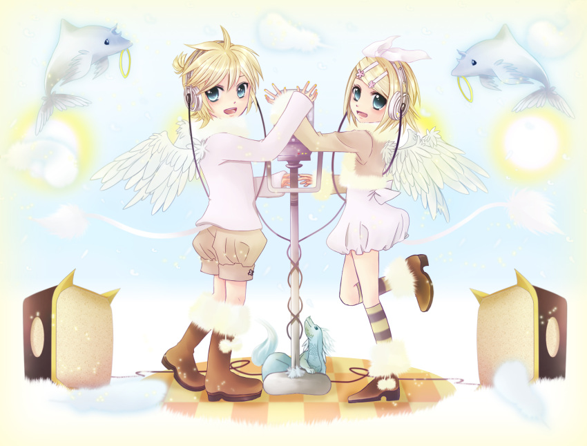 blonde_hair blue_eyes hairclips headphones kagamine_len kagamine_rin short_hair twins vocaloid wings