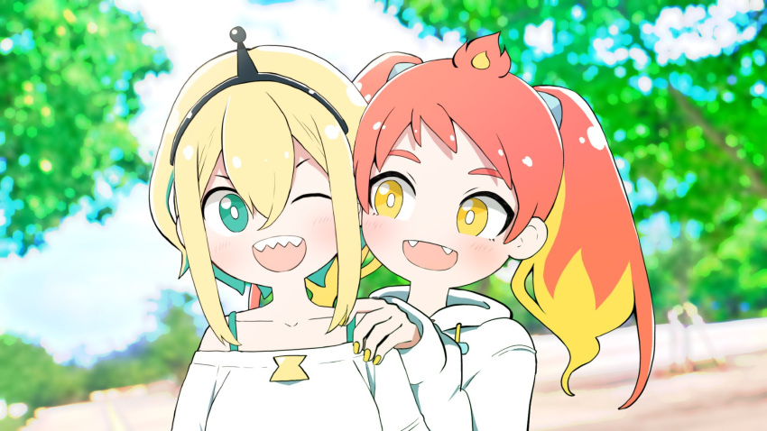 2girls amano_pikamee antennae aqua_eyes bare_shoulders blonde_hair blurry blurry_background bright_pupils commentary day dip-dyed_hair fangs fiery_hair gyari_(imagesdawn) hairband hand_on_another's_shoulder highres hikasa_tomoshika hikasa_tomoshika_(artist) hood hoodie looking_at_another multiple_girls off-shoulder_shirt off_shoulder one_eye_closed open_mouth outdoors redhead sharp_teeth shirt short_hair smile teeth tree twintails upper_body virtual_youtuber voms white_hoodie white_pupils white_shirt yellow_eyes