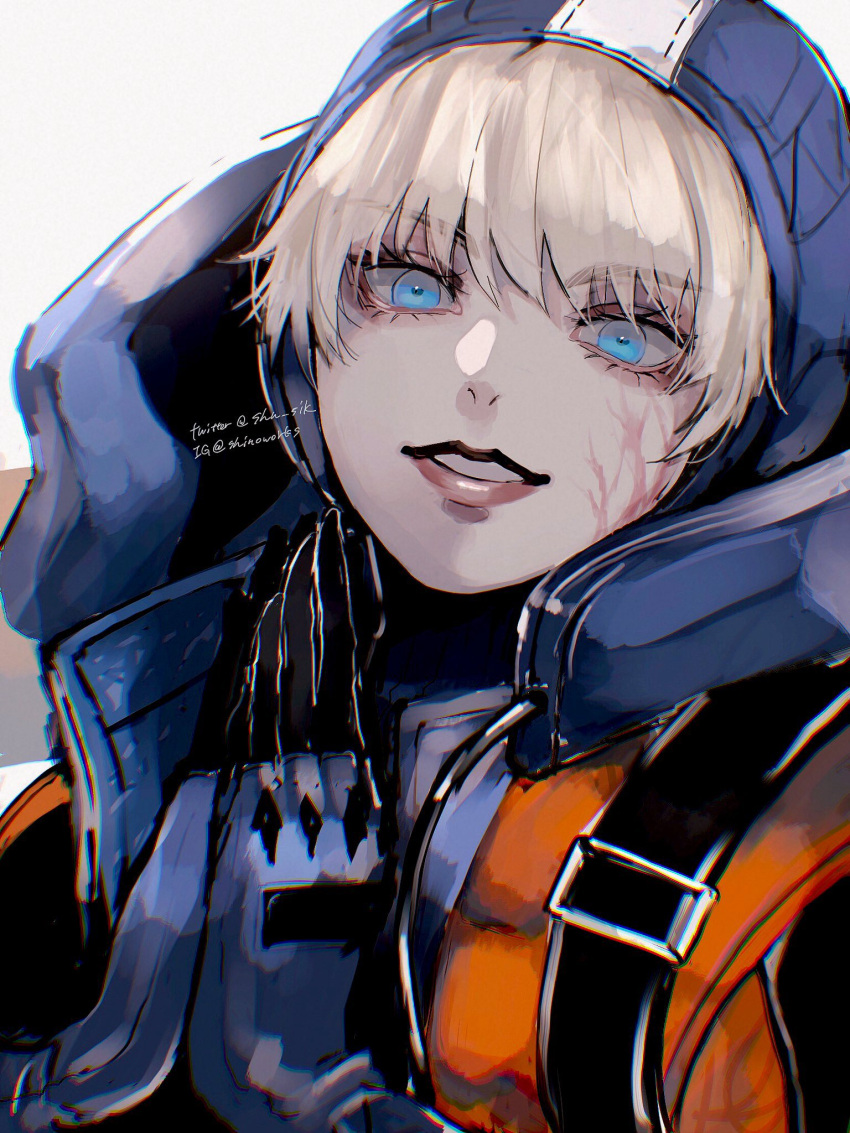 1girl apex_legends backpack bag bangs blonde_hair eyelashes gloves grey_background hands_together highres hood hood_up instagram_username jacket lips looking_at_viewer scar scar_on_cheek scar_on_face shino_(shn) simple_background solo twitter_username upper_body wattson_(apex_legends)