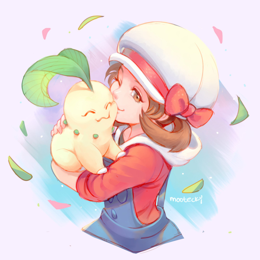 1girl black_shirt blue_overalls brown_eyes brown_hair cheek_squash chikorita closed_mouth eyelashes gen_2_pokemon hat hat_ribbon highres holding holding_pokemon leaf lyra_(pokemon) mootecky overalls pokemon pokemon_(creature) pokemon_(game) pokemon_hgss red_ribbon red_shirt ribbon shirt signature sleeves_past_elbows smile symbol_commentary twintails white_headwear