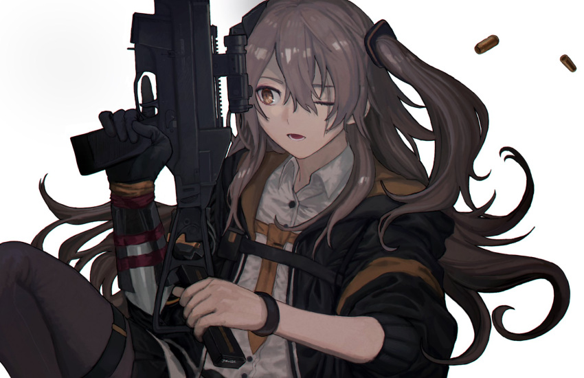 1girl 5kpgte bracelet brown_hair commentary_request girls_frontline gun h&k_ump hair_between_eyes highres holding holding_weapon hood hood_down hooded_jacket jacket jewelry long_hair magazine_(weapon) mechanical_arms mod3_(girls_frontline) one_eye_closed one_side_up open_mouth pantyhose pleated_skirt scar scar_across_eye shell_casing shirt single_mechanical_arm skirt sleeves_rolled_up solo submachine_gun trigger_discipline ump45_(girls_frontline) weapon white_background white_shirt yellow_eyes yellow_neckwear