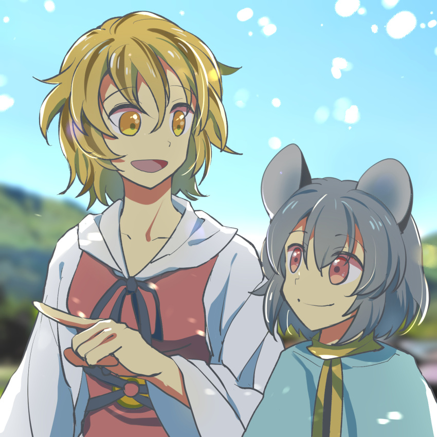2girls animal_ears bangs blonde_hair blue_cape blue_sky bow cape closed_mouth dress eyebrows_visible_through_hair eyes_visible_through_hair grass grey_bow grey_dress grey_hair grey_neckwear hair_between_eyes hand_up highres hill long_sleeves looking_at_another mouse_ears multiple_girls nayozane_(worker7) nazrin no_hat no_headwear open_mouth pointing red_eyes red_vest shadow short_hair sky smile toramaru_shou touhou vest white_sleeves yellow_eyes