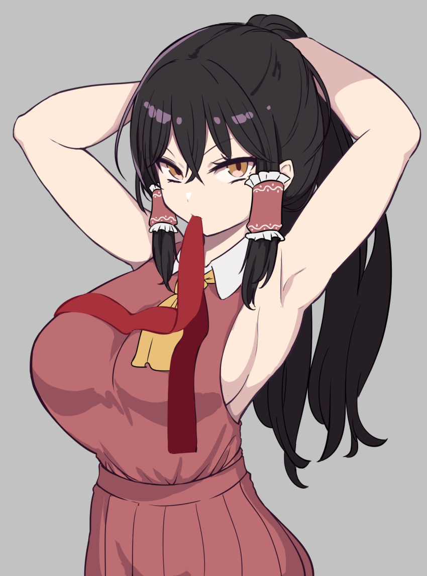 1girl adjusting_hair armpits arms_up ascot bangs black_hair breasts brown_eyes closed_mouth cowboy_shot crossed_bangs frilled_hair_tubes frills grey_background hair_between_eyes hair_tubes hakurei_reimu highres large_breasts long_hair looking_at_viewer marsen mouth_hold pleated_skirt ponytail red_ribbon red_skirt red_vest ribbon sideboob sidelocks simple_background skirt sleeveless solo touhou v-shaped_eyebrows very_long_hair vest wing_collar yellow_neckwear