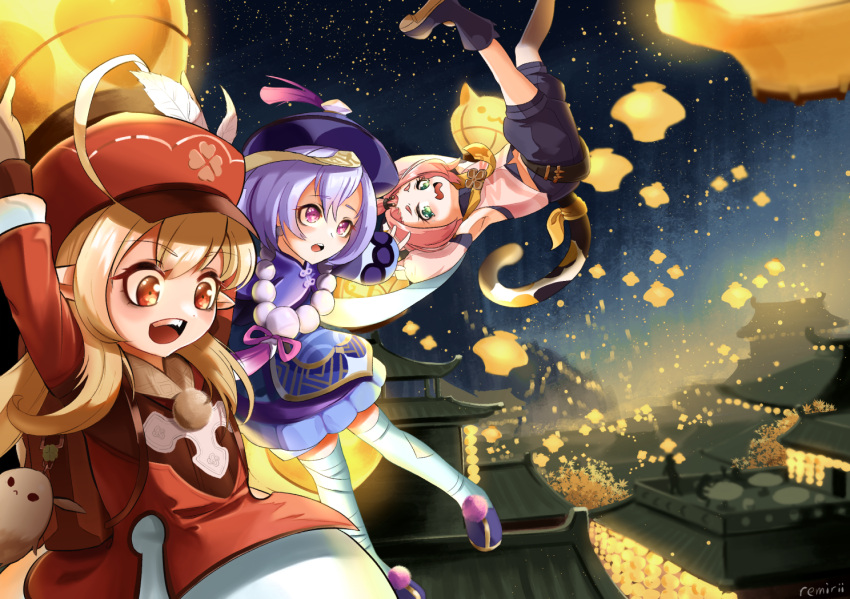 3girls :d ahoge animal_ears architecture arms_up backpack bag bag_charm bandaged_leg bandages bangs bangs_pinned_back bead_necklace beads black_footwear black_shorts boots building cabbie_hat cat_ears cat_girl cat_tail charm_(object) clover_print commentary_request detached_sleeves diona_(genshin_impact) dodoco_(genshin_impact) east_asian_architecture eyebrows_visible_through_hair floating flying genshin_impact green_eyes hair_between_eyes hair_ribbon hat hat_feather hat_ornament holding holding_lantern jewelry jiangshi jumpy_dumpty klee_(genshin_impact) lampion lantern lantern_festival light_brown_hair long_hair long_sleeves looking_at_viewer low_twintails multiple_girls necklace night night_sky ofuda open_mouth orange_eyes paper_lantern pink_hair pointy_ears purple_hair qing_guanmao qiqi_(genshin_impact) randoseru remirii ribbon rooftop short_hair shorts sidelocks sitting sky sky_lantern smile star_(sky) starry_sky tail thick_eyebrows thigh-highs twintails violet_eyes white_legwear zettai_ryouiki