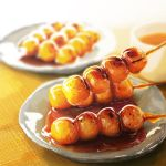 blurry dango depth_of_field food humohumoelmo mitarashi_dango no_humans original overexposure plate skewer wagashi rating:Safe score:1 user:danbooru