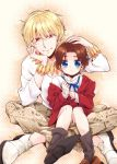 2boys age_regression blonde_hair blue_eyes bracelet brown_hair gilgamesh gucce222 jewelry multiple_boys necklace oversized_clothes red_eyes sitting toosaka_tokiomi young