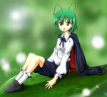1girl antennae cape green_eyes green_hair minigirl open_mouth short_hair sitting smile solo touhou tsurukou_(tksymkw) wriggle_nightbug