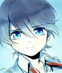1boy blue_background blue_eyes brown_hair face horikawa_kunihiro light_smile looking_at_viewer male_focus mizuhara_aki short_hair solo touken_ranbu