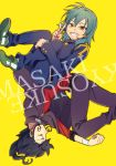 2boys blue_hair character_name closed_eyes gakuran green_hair grin inazuma_eleven_(series) inazuma_eleven_go kariya_masaki looking_at_viewer male_focus multiple_boys raimon raimon_school_uniform riho school_uniform simple_background smile tsurugi_kyousuke v yellow_background