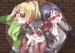 3girls :d ayase_eli black_hair blonde_hair blue_eyes bow brick_wall commentary_request glasses green_eyes hair_bow hands_on_own_cheeks hands_on_own_face hatena_heartbeat love_live!_school_idol_project multiple_girls natomo_garden open_mouth purple_hair red-framed_glasses red_eyes scrunchie smile spotlight sunglasses toujou_nozomi twintails yazawa_nico