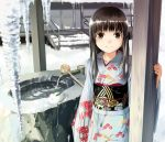 1girl brown_eyes brown_hair cat ice icicle japanese_clothes kimono looking_at_viewer obi original sash smile snow snow_bunny sody solo