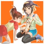 2girls brown_hair cat kyon_no_imouto miniskirt multiple_girls nao_(artist) pencil_skirt ponytail shamisen_(suzumiya_haruhi) short_hair side_ponytail skirt suzumiya_haruhi suzumiya_haruhi_no_yuuutsu thigh-highs zettai_ryouiki
