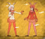 2girls commentary_request fur_collar gradient_hair head_wings highres japanese_crested_ibis_(kemono_friends) kemono_friends kita_(7kita) multicolored_hair multiple_girls pantyhose pink_legwear pleated_skirt red_legwear redhead scarlet_ibis_(kemono_friends) short_hair skirt white_hair