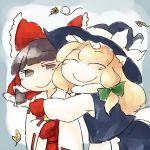 2girls bow green_bow hair_bow hakurei_reimu hat hat_bow hat_ribbon hug jpeg_artifacts kirisame_marisa leaf mittens multiple_girls red_bow ribbon smile touhou white_bow white_ribbon witch_hat yaise