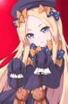 1girl abigail_williams_(fate/grand_order) bangs black_dress black_hat blonde_hair blue_bow blue_eyes bow dress fate/grand_order fate_(series) forehead hair_bow hands_in_sleeves hanged hat head_tilt highres holding holding_rope kaiven long_sleeves looking_at_viewer noose orange_bow parted_bangs parted_lips polka_dot polka_dot_bow red_background rope simple_background solo stuffed_animal stuffed_toy teddy_bear