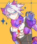 1boy animal_ears bangs bare_chest black_bodysuit blue_eyes bodysuit bow claw_pose claws closed_mouth commentary_request cosplay cross-laced_clothes crossdressing dangerous_beast dutch_angle elbow_gloves expressionless eyebrows_visible_through_hair eyelashes eyeliner eyes_visible_through_hair fate/apocrypha fate_(series) fur-trimmed_gloves fur_collar fur_trim gem gloves hair_between_eyes hand_up highres karna_(fate) large_bow long_sleeves looking_at_viewer makeup male_focus mash_kyrielight mash_kyrielight_(cosplay) no_nose o-ring_top orange_background pale_skin parted_bangs purple_gloves simple_background solo sparkle spiky_hair striped striped_bow tail toned toned_male upper_body v-shaped_eyebrows white_hair wolf_ears wolf_tail