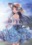 1girl :d bangs bare_shoulders black_bow black_hair blue_dress blue_ribbon blue_sky blurry blurry_background blush bow clouds cloudy_sky commentary_request day depth_of_field dress eyebrows_visible_through_hair flower hat hat_bow hat_flower highres long_hair looking_at_viewer looking_to_the_side open_mouth original outdoors plaid plaid_dress ribbon sky sleeveless sleeveless_dress smile solo sparkle striped striped_bow striped_ribbon sun_hat very_long_hair violet_eyes white_flower yatomi