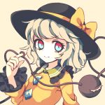 1girl bangs beige_background black_frills black_hat blue_eyes bow breasts commentary dise frilled_shirt_collar frilled_sleeves frills hat hat_bow hat_ribbon komeiji_koishi long_sleeves looking_at_viewer medium_hair multicolored multicolored_eyes red_eyes ribbon shirt simple_background small_breasts smile solo string third_eye touhou wavy_hair wide_sleeves yellow_bow yellow_ribbon yellow_shirt