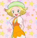 1girl :d arms_behind_back bag bel_(pokemon) blonde_hair green_eyes green_hat handbag happitan hat highres looking_at_viewer open_mouth pink_background pokemon pokemon_(game) pokemon_bw short_hair short_sleeves smile solo standing star