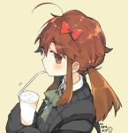 1girl ahoge bangs bendy_straw black_sweater blush bow brown_background brown_eyes brown_hair collared_shirt commentary_request cup disposable_cup drinking_straw eyebrows_visible_through_hair fate/extra fate/extra_ccc fate_(series) from_side green_bow hair_between_eyes hair_bow holding holding_cup jinako_carigiri long_hair long_sleeves looking_at_viewer looking_to_the_side mouth_hold red_bow school_uniform shirt sidelocks simple_background sleeves_past_fingers sleeves_past_wrists solo sweater translated twintails white_shirt yuzuki_gao