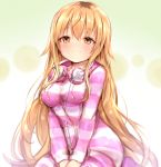 1girl animal_print bangs blonde_hair blush breasts cat_print closed_mouth commentary_request eyebrows_visible_through_hair hair_between_eyes hair_flaps headphones headphones_around_neck highres ienaga_mugi long_hair long_sleeves looking_at_viewer medium_breasts nijisanji pink_pajamas sitting smile solo striped striped_pajamas sukemyon very_long_hair virtual_youtuber yellow_eyes yokozuwari