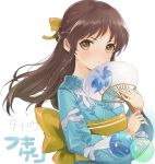 1girl animal_print aqua_kimono balloon bangs blush bow braid brown_hair closed_mouth fan fingernails fish_print hair_bow hair_intakes half_updo holding holding_balloon holding_fan idolmaster idolmaster_cinderella_girls japanese_clothes kimono light_frown long_hair looking_at_viewer obi paper_fan sash sidelocks simple_background solo tachibana_arisu tetsujin_momoko upper_body v-shaped_eyebrows white_background yellow_bow yellow_eyes