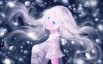 1girl blue_eyes bubble contrast eyebrows eyelashes floating_hair light_particles lips long_hair looking_at_viewer looking_to_the_side original sakimori_(hououbds) shirt solo upper_body white white_hair white_shirt