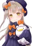 1girl abigail_williams_(fate/grand_order) abigail_williams_(fate/grand_order)_(cosplay) absurdres ayamu_(igakato) bangs black_bow black_dress black_hat blush bow commentary_request cosplay dress eyebrows_visible_through_hair fate/grand_order fate_(series) hair_bow hat head_tilt highres light_brown_hair long_hair long_sleeves looking_at_viewer love_live! love_live!_school_idol_project minami_kotori object_hug one_side_up orange_bow parted_bangs polka_dot polka_dot_bow simple_background sleeves_past_fingers sleeves_past_wrists smile solo stuffed_animal stuffed_bird stuffed_toy very_long_hair white_background yellow_eyes