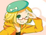 1girl ;) bel_(pokemon) blonde_hair bow closed_mouth commentary_request creatures_(company) game_freak glasses green_eyes green_hat hand_up hat hat_bow jacket medium_hair nintendo one_eye_closed orange_jacket pink_background pokemon pokemon_(game) pokemon_bw pokemon_bw2 red-framed_eyewear salute simple_background smile solo touno_ako upper_body white_bow